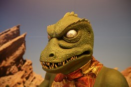 """The reptilian Captain Gorn from the episode """"Arena,"""" in which Captain Kirk and Gorn vie with each other in """"trial by combat,"""" a one-on-one battle to the death, with the ship of the losing captain to be destroyed and the other ship free to leave. (Photo: Gordon Donovan/Yahoo News)"""
