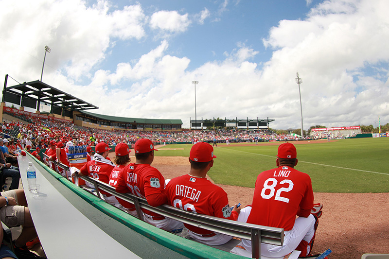 Great seats near the bullpen on a perfect day for a spring training baseball game between the New York Mets and the St. Louis Cardinals at Roger Dean Stadium in Jupiter, Fl., Wednesday, March 1, 2017. (Gordon Donovan/Yahoo Sports)