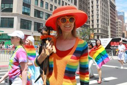 Julia Harvey of New York City carries participant Gypsy in the N.Y.C. Pride Parade in New York on June 25, 2017. (Photo: Gordon Donovan/Yahoo News)