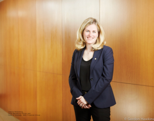 Joanna Rotenberg, BMO, Bank of Montreal, Toronto Corporate, Education, finance, Rottman School of Management, University of Toronto, Gordon Hawkins Photographer, Corporate photography, Corporate Headshots, Annual reports, Advertising