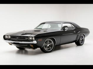 1971-Dodge-Challenger-RT-Muscle-Car-By-Modern-Muscle-Side-Angle-1024x768