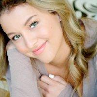 Rising Starlet: Angeline Appel