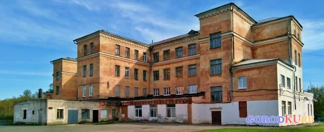 Школа № 3, Каменск-Уральский