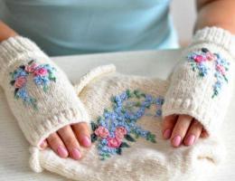 На УАЗе объявили благотворительный марафон «Варежки-носочки»