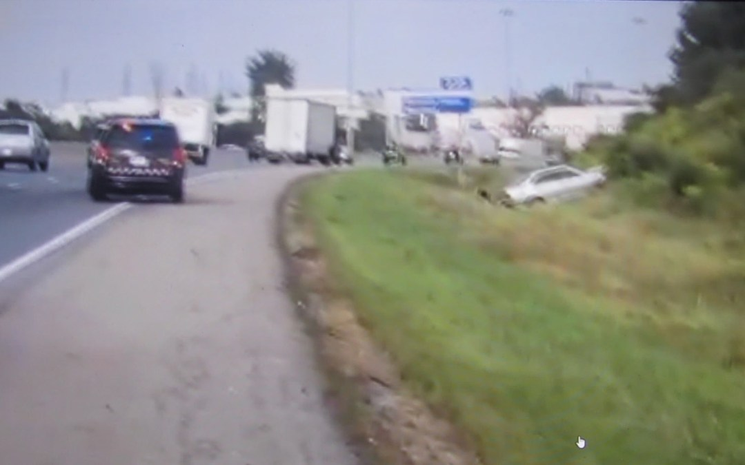 Hwy 401 Woodstock Median Barrier Impact Causes Critical Injuries