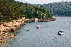 Greers Ferry Chamber of Commerce - Devil's Fork