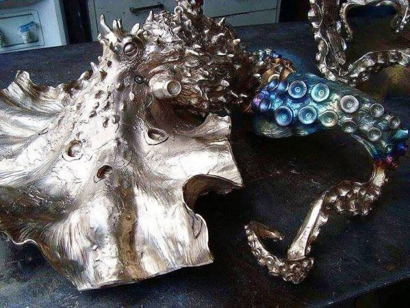 Octopus steampunk glass table 4