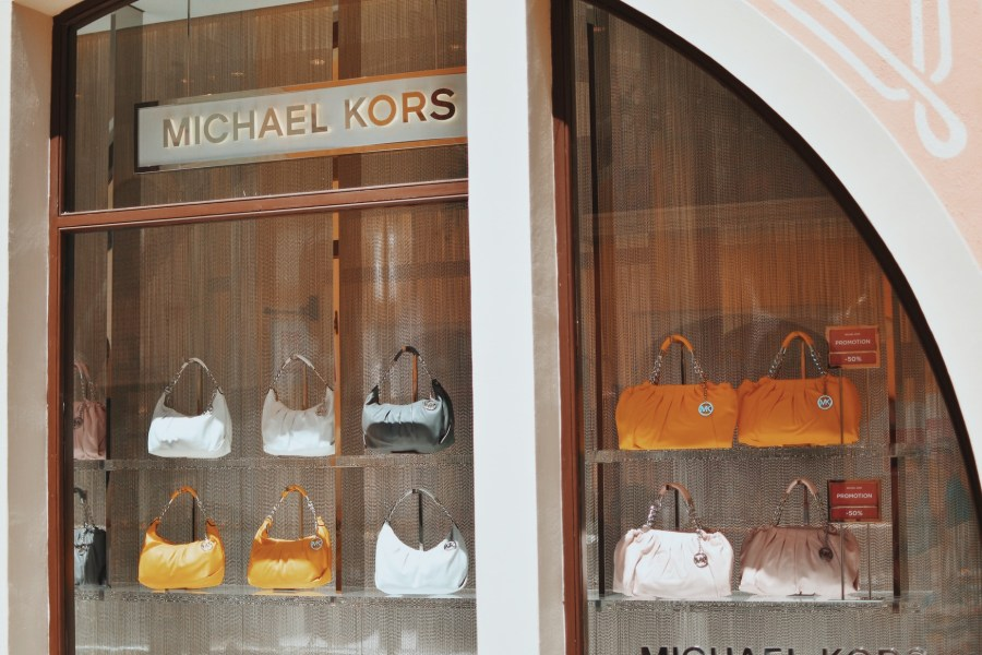Michael Kors bags outlet cheap prices