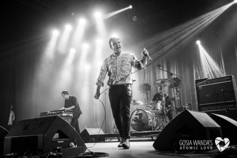 Future Islands at Krakow Live Festival 2015_Gosia Wanda-11