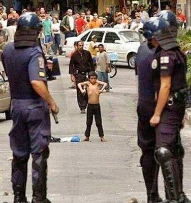 demonstration picture with little boy