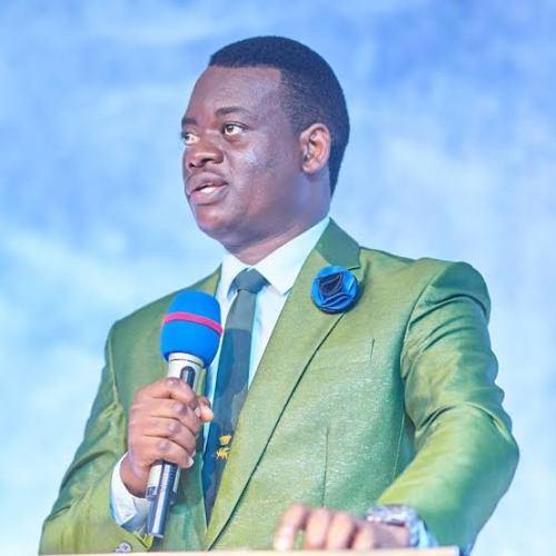 Spiritual Breathing  SERMON by Apostle Arome Osayi