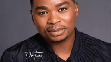 Dr Tumi ft. Loyiso So I Run Lyrics