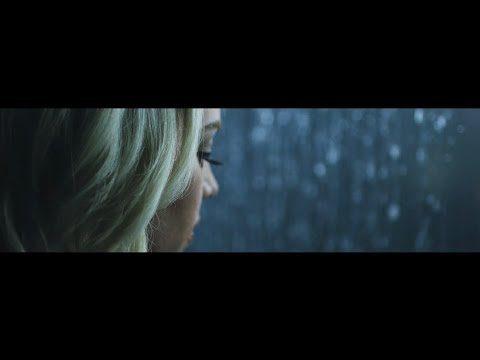 [Video] Feel The Waters - Sarah Reeves