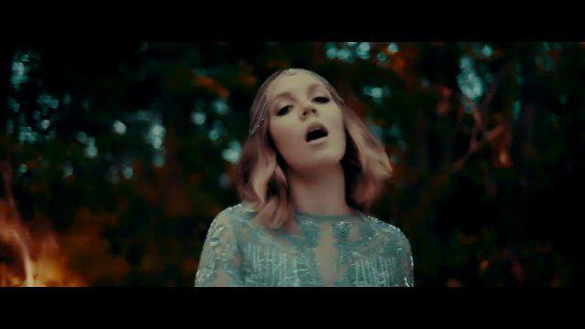 [Video] Motions - Sarah Reeves