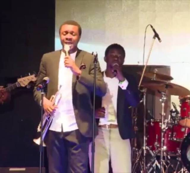 Nathaniel Bassey - I Know You Are Here