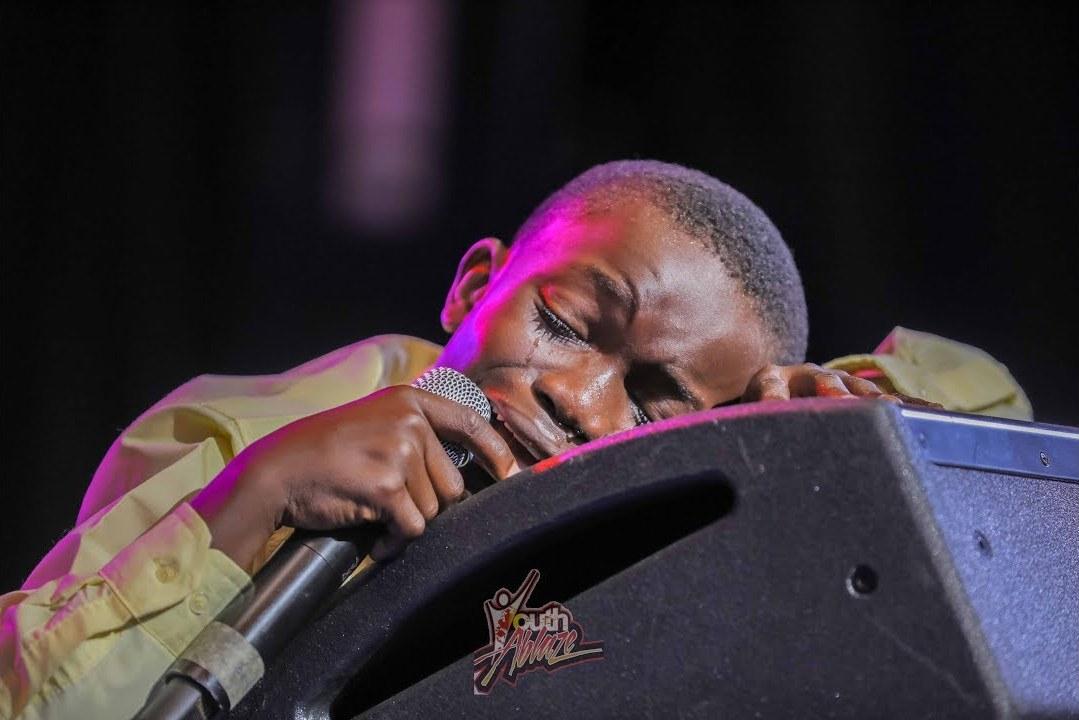 Download Video: Benson Ken - Powerful Worship Medley (Talent