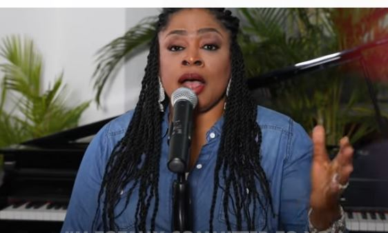 SINACH: I LIVE FOR YOU ( Acoustic Version)