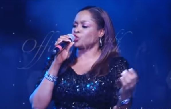 SINACH - YOU DO MIGHTY THINGS