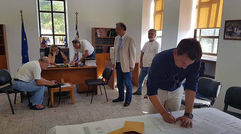 Έπειτα από 25 χρόνια 11 συνδημότες στο Θεσπρωτικό απέκτησαν κτηματολογικούς τίτλους ιδιοκτησίας των οικοπέδων τους.