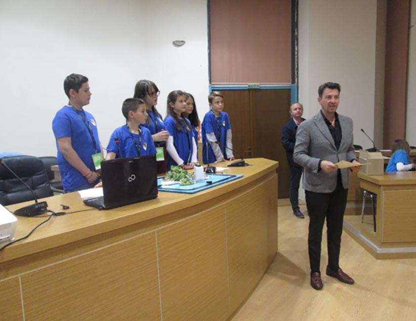Βραβεύτηκαν από τον Δήμο Ζηρού οι μαθητές των 1ου και 3ου Δημοτικών Σχολείων Φιλιππιάδας για τη συμμετοχή τους στον Πανηπειρωτικό και Πανελλήνιο διαγωνισμό εκπαιδευτικής ρομποτικής