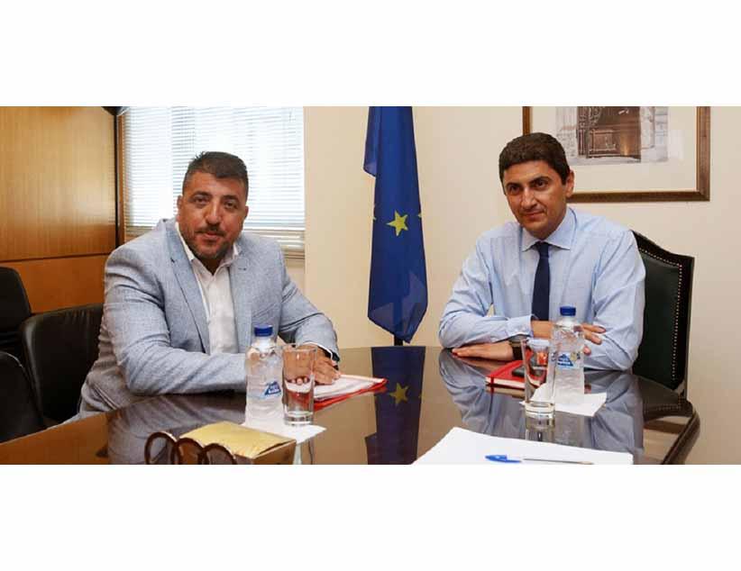 Θετικός στην εισήγηση Λεουτσάκου για τα τηλεοπτικά ο κ. Αυγενάκης