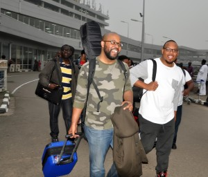 The-Experience-2015-Airport-Arrival-4