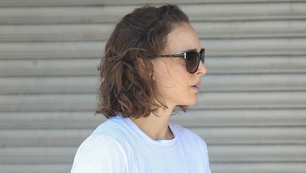 Natalie Portman Rocks High-Waisted Daisy Dukes While Out & About In Australia — Pics