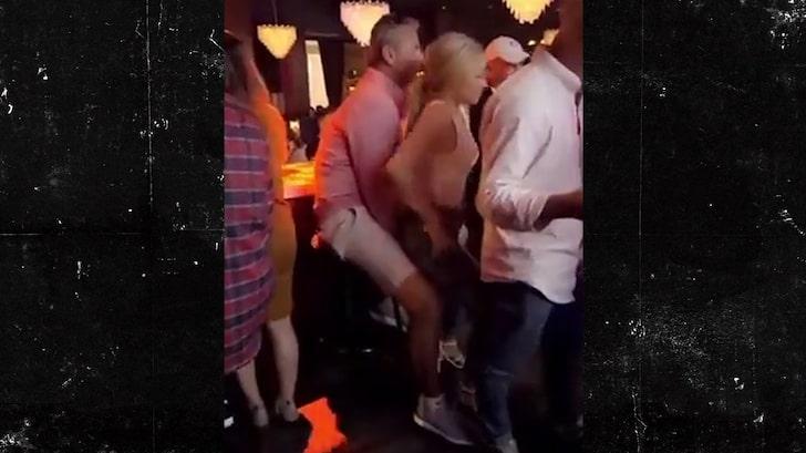 Urban Meyer's Wife Addresses Bar Dancing Video, 'We're All Sinners'