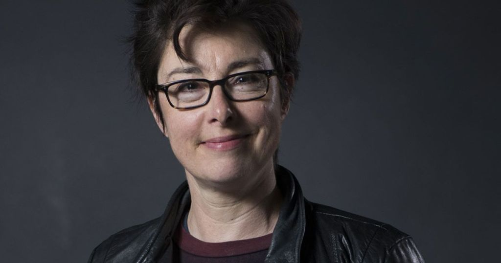 Sue Perkins says own family tragedy inspired her push to others to have eye tests