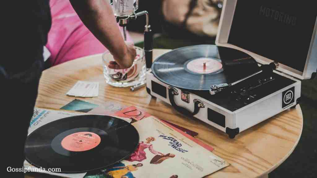 upgraded Bluetooth record player