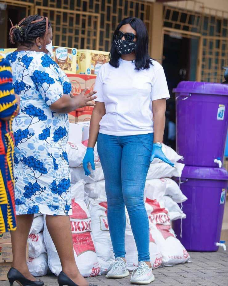Lawyer And Fashionista - Sandra Ankobiah Donates Items Worth Ghc 10,000 To Osu Children's Home 6