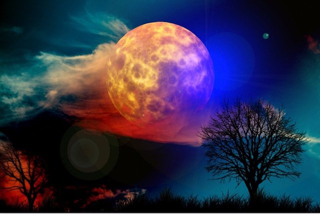 How the Full Moon Dramatically affects our Romantic Relationships.