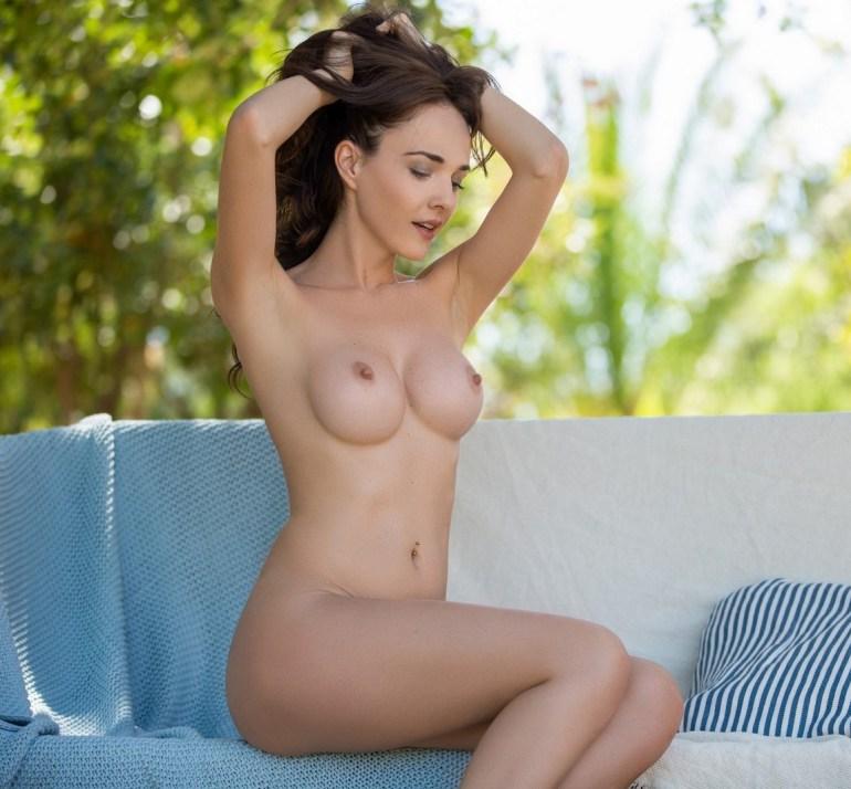 Fotos sensuais de mulheres nuas bundudas