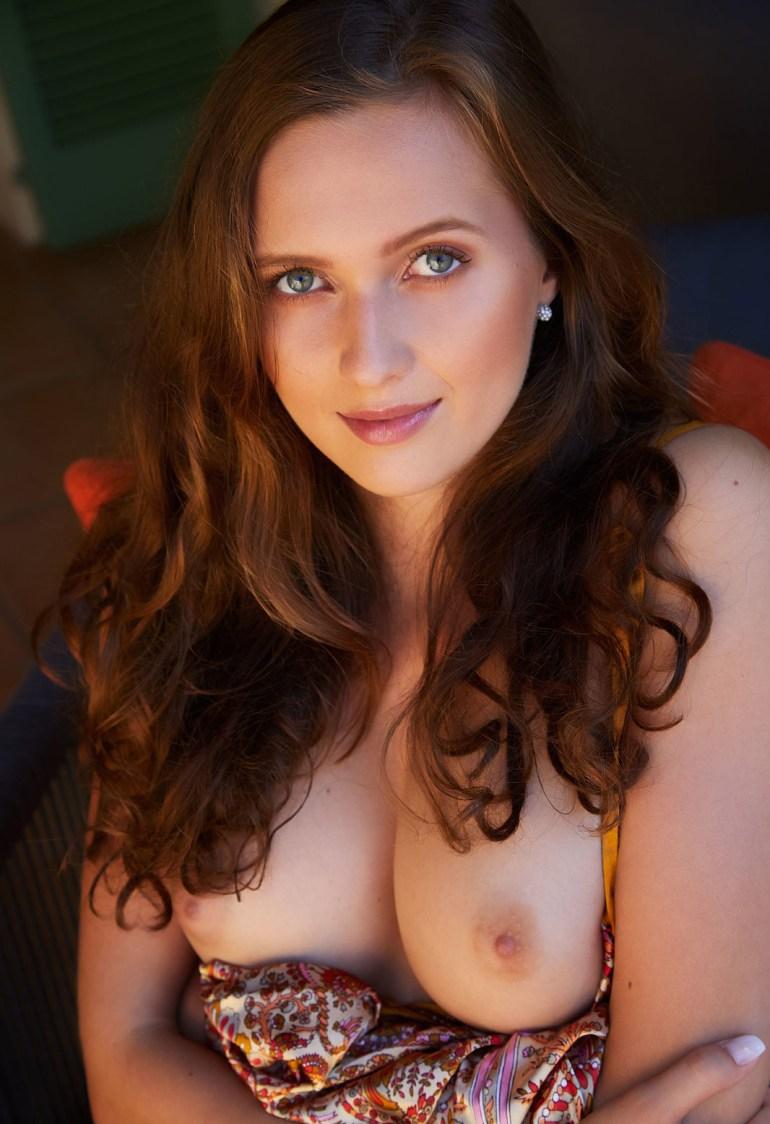 Fotos sensuais de mulheres nuas de quatro