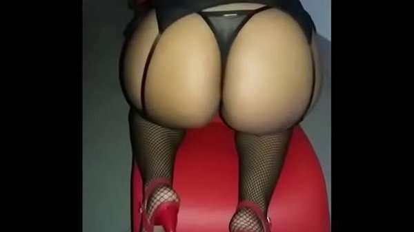 Esposa gostosa de lingerie no motel