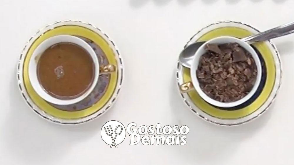 Creme de Chocolate com Café