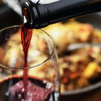 Bacchi bröder: Prisvärt vin som räcker hela helgen!