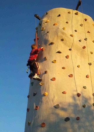 SIDEBAR RIGHT01 01 - GOTCHA GAMES - Laser Tag, Water Tag, Climbing Walls - Des Moines IA Ames IA