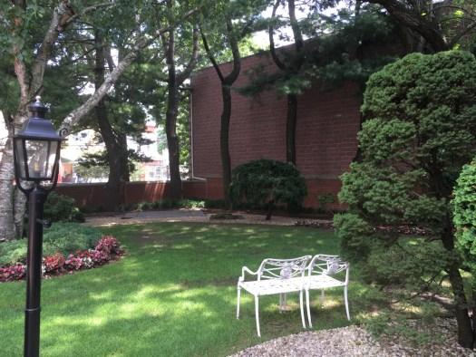 Garden, Louis Armstrong House