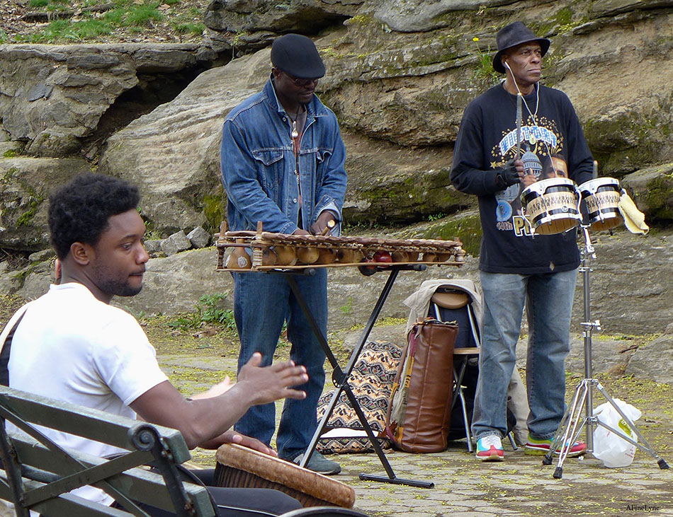 The Drummers Of Marcus Garvey Park In Harlem Gothamtogo Đã tham gia 12 th12, 2011. marcus garvey park in harlem