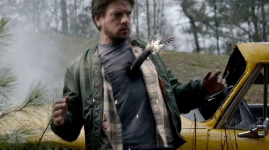 Chas_Cab_Driver_Electrocuted_Constantine_s1e1_GeeklyPress