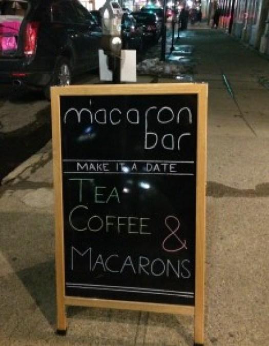 macaron bar sign