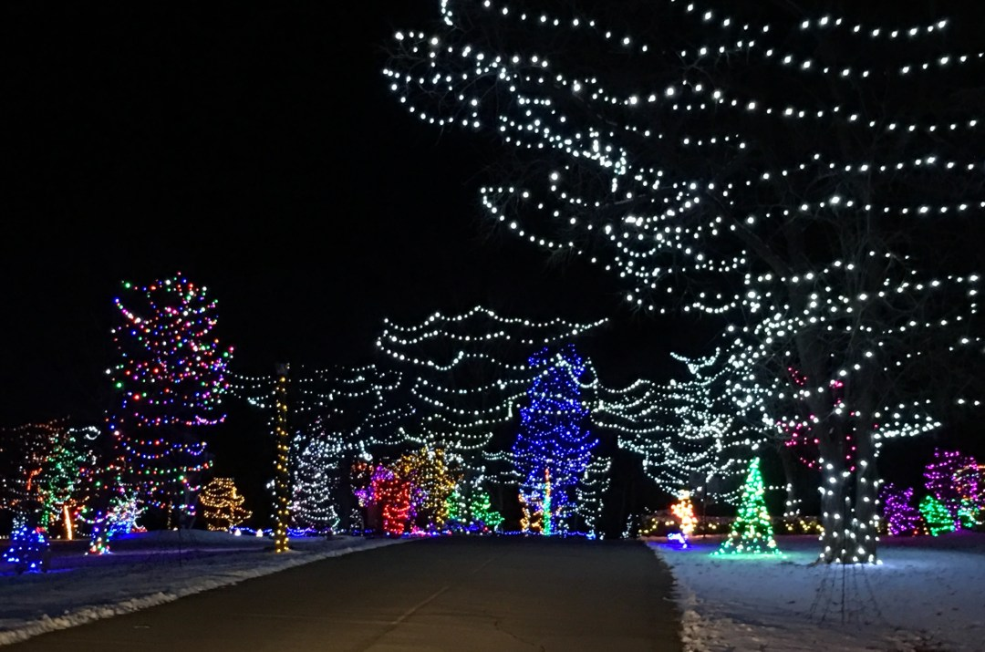 Holiday Lights on the Hill – Go There. Try That.