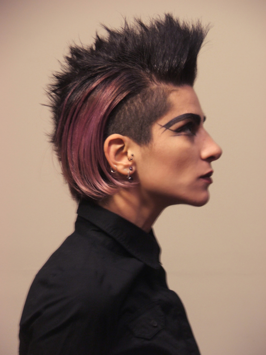 Your Guide To The Modern Gothic Hairstyle GothicDecor Net