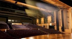 Tiêu âm nhà hát với gỗ tiêu âm đục lỗ