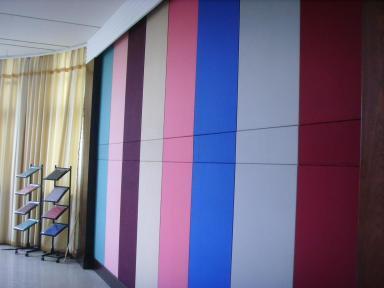 tường tiêu âm màu sắc với tấm tiêu âm polyester fiber