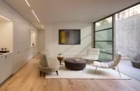 Simple But Elegant Living Room - talentneeds.com