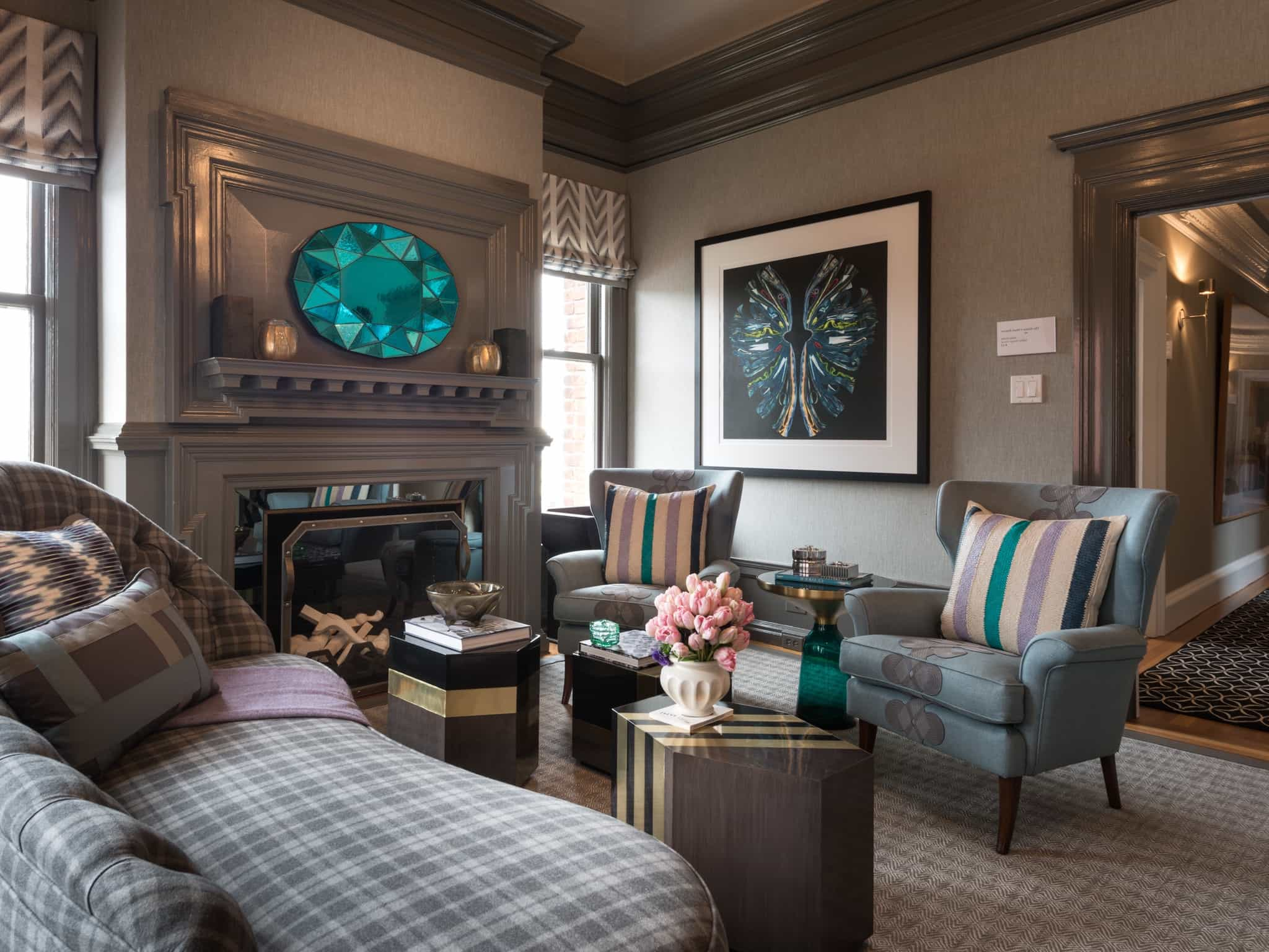 Art Deco Inspired Living Room With Turquoise Accents