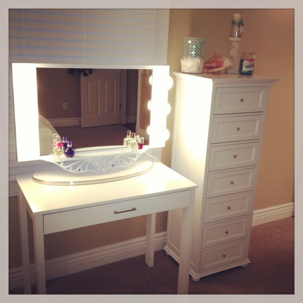 Inspirations Free Standing Mirror Dressing Table