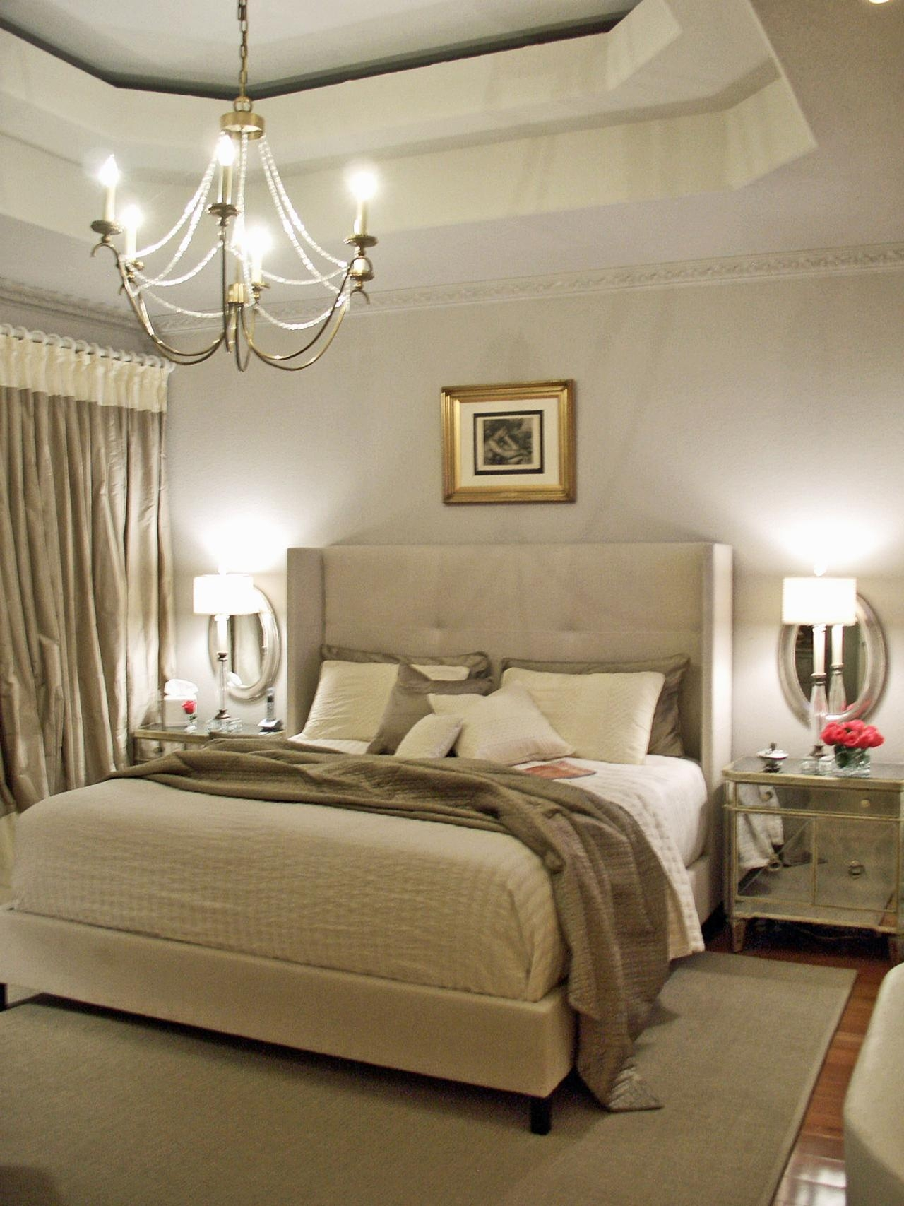 20 Ideas Of Ceiling Mirrors For Bedroom